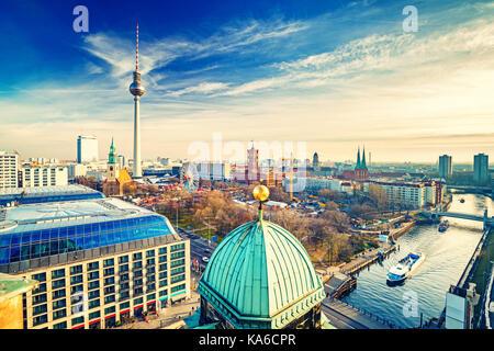 Luftbild auf Berlin Stockbild