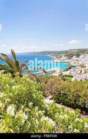 Castro Marina, Apulien, Italien - einen schönen Blick auf die Küste von Castro Marina Stockbild