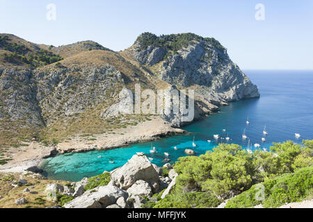 Cala Figuera de Formentor, Mallorca, Spanien - ein Besuch in einem der schönsten Buchten von Mallorca Stockbild