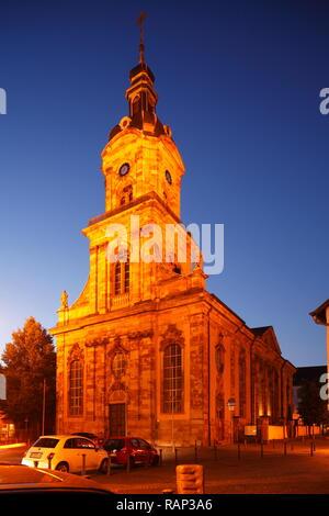 Kirche St. Johann bei Abenddämmerung, Altstadt, Saarbrücken, Saarland, Deutschland Stockbild