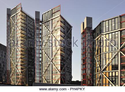 Neo Bankside - moderne Wohnanlage von Rogers Stirk Harbour und Partner Architekten in Southwark London UK entwickelt. Stockbild
