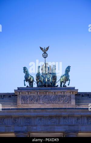 Statue Quadriga auf dem Brandenburger Tor, Berlin, Deutschland Stockbild