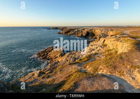 Frankreich, Morbihan, Quiberon, die Spitze des Percho bei Sonnenuntergang Stockbild