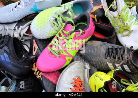 Kinder Fußballschuhe Stockbild