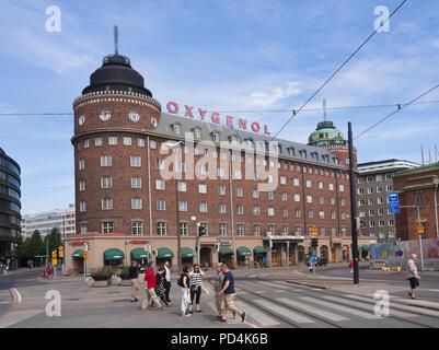 Massive rotes Ziegelgebäude an Hakaniemi Marktplatz im Zentrum von Helsinki Finnland Stockbild