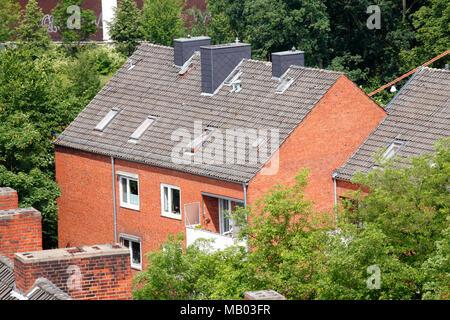 Moderne Wohngebäude mit Dächern aus dem Volgelschau, Bremen, Deutschland, Europa ich Moderne Wohngebäude mit Dächern aus der Volgelschau, Bremen, Stockbild