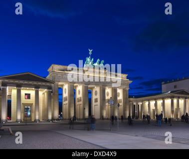 Das Brandenburger Tor, Berlin, Deutschland, Europa in der Nacht Stockbild