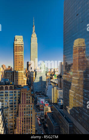 USA, New York, Manhattan, Midtown, darunter Empire State Building Stockbild
