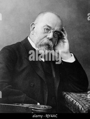 ROBERT KOCH (1843-1910), deutscher Arzt und Mikrobiologe über 1907 Stockbild