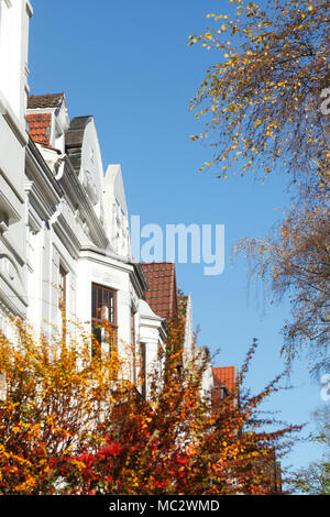 Alte Bremer Häuser in der slevogtstraße im Herbst, Bremen, Deutschland, Europa ich alte Bremer Häuser in der slevogtstraße im Herbst, Bremen, Deutschland, Euro Stockbild