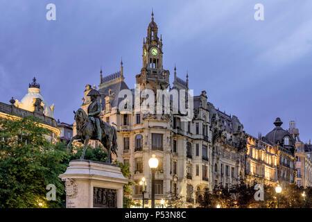 Reiterstandbild von König Peter IV., den Befreier auf Liberty Square in Porto, Portugal Stockbild