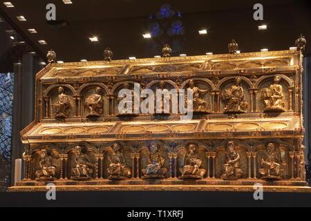 Bildende Kunst, religiöse Kunst, Schrein der Heiligen Drei Könige im Kölner Dom, ca. 1200, Eiche und Gold, 110 x 153 x 220 Zentimeter, Artist's Urheberrecht nicht geklärt zu werden. Stockbild