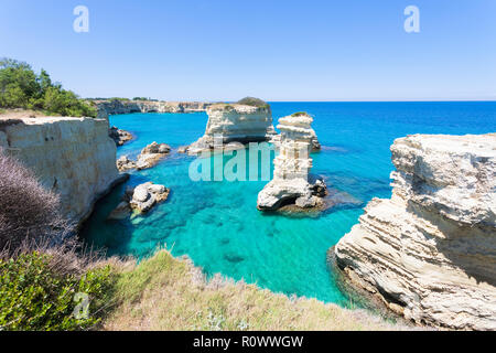 Sant Andrea, Apulien, Italien -, einige Zeit an der himmlischen Küste von Sant Andrea Stockbild