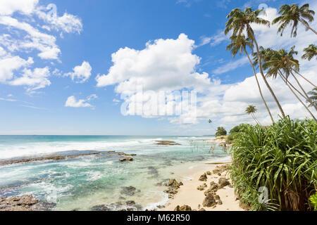 Koggala Beach, Sri Lanka, Asien - frei fühlen, während sie sich an der beeindruckenden Landschaft von Stockbild