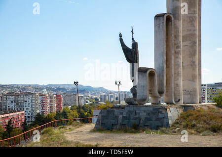 Denkmal des hl. Nino in Tiflis, Georgien, Zentralasien, Asien Stockbild