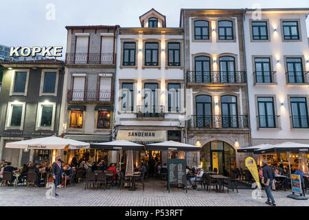 Sandeman Restaurant, Kopke Wein Haus, Av. de Diogo Leite, Ribera de Gaia, Porto, Portugal Porto, Portugal Stockbild