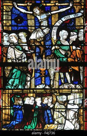Glasmalerei, Kapelle St. Vincent und Our Lady of Lourdes, Beauvais Kathedrale, Picardie, Frankreich Stockbild