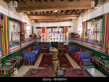 Dekoration und Design in einem traditionellen Haus, Asir Provinz, Al-Namas, Saudi-Arabien Stockbild