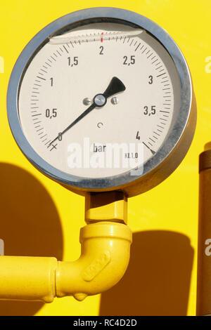 Manometer, Manometer auf einem silofahrzeug, Deutschland Ich Druckanzeige, Manometer ein Einems Silofahrzeug, Deutschland I Stockbild