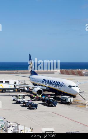 Ryanair-Flugzeug-Lanzarote Flughafen, Lanzarote, Kanarische Inseln-Europa Stockbild