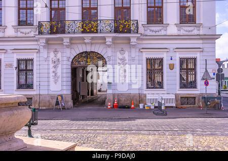 Augsburg, Bayern, Deutschland - Das Schaezlerpalais in der Nähe des Herkules Brunnen auf Maximilian Straße. Stockbild