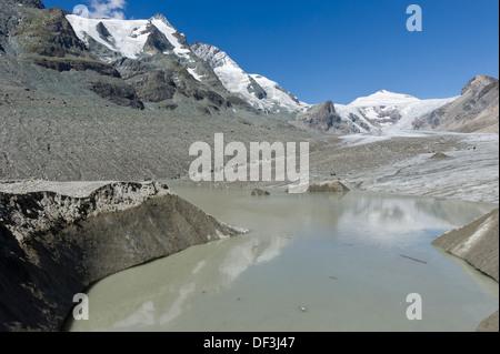 Österreich/Nationalpark Hohe Tauern - Auswirkungen des Klimawandels: Gletscher schmelzen Schmelzen Wasser See an der Pasterze Glacier. Stockbild