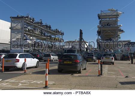 Portsmouth Boot Stack Parkplatz Stockbild