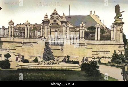Turul (Buda), Gärten in Budapest, Brunnen der Angeln Kinder, 1908, Budapest, Burggarten mit Turul, Ungarn Stockbild