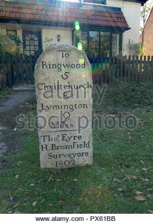 Old Stone Road unterzeichnen neuen Forrest England Stockbild