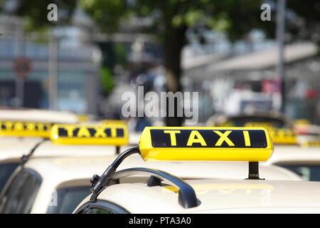 Taxi Schilder, Deutschland, Europa ich Taxisschilder, Deutschland I Stockbild