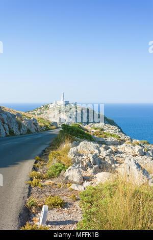 Cap de Formentor, Mallorca, Spanien - Wanderweg in Richtung Leuchtturm von Formentor Stockbild