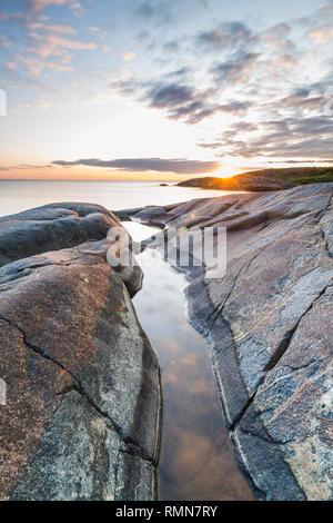 Johner Bildbyra AB + 46 8 644 83 30 info@johner.se sales@johner.se Stockbild