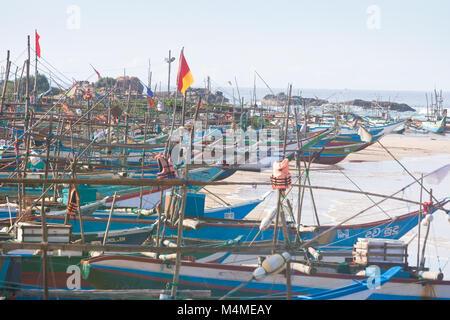 Sri Lanka, Asien, Dodanduwa - Mehrere Boote an den natürlichen Hafen von dodanduwa Stockbild