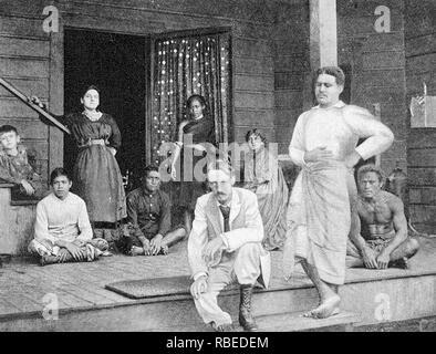 ROBERT LOUIS STEVENSON (1850-1894), schottischer Schriftsteller in seinem Haus in Vailima, Samoa, über 1893 Stockbild