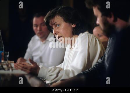 "Bernadette Develin Bernadette McAliskey ""der 1980er Jahre Pressekonferenz Nordirland während der Unruhen. Stockbild"