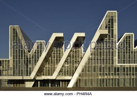 Moderne Auditorium und Kongresszentrum von Aragon, von Nieto Sobejano Architects für die Expo 2008 in Zaragoza Spanien Europa ausgelegt. Stockbild