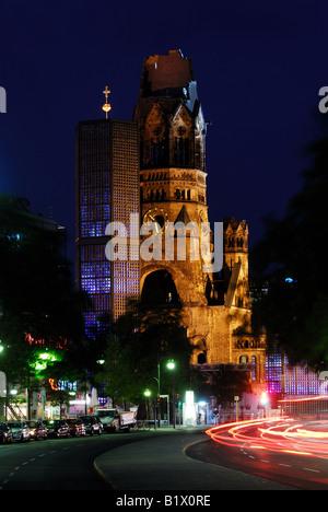 Kudamm und Kaiser-Wilhelm-Gedächtnis-Kirche in Berlin, Berlin, Stadt, Nacht, Deutschland Stockbild