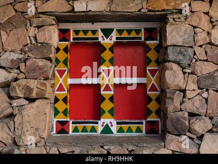 Wooden wondow eines asiri Haus, Asir Provinz, Khamis Mushait, Saudi-Arabien Stockbild