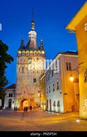 Clock Tower, Sighisoara Altstadt am Abend, Siebenbürgen, Rumänien Stockbild