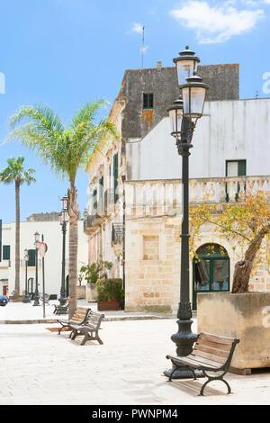 Specchia, Apulien, Italien - die schöne Altstadt von Specchia Stockbild
