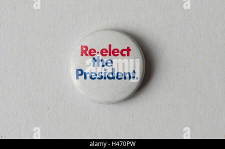 Wiederwahl des Präsidenten Pin Knopf Abzeichen republikanische Präsidentschafts Wahl Kampagne 1972 USA Stockbild