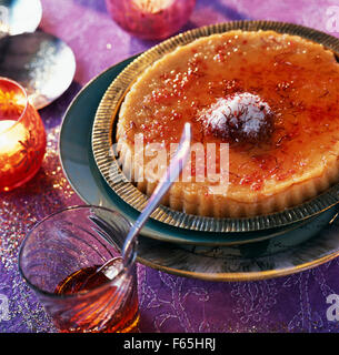 Grieß-Pudding mit Safran Stockbild