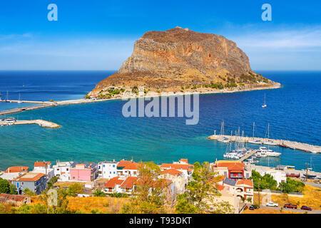 Blick auf Monemvasia, Peleponnes, Griechenland Stockbild