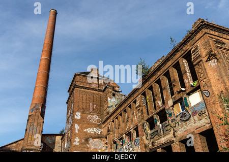 Ruine in der Nähe von River Spree, Kreuzberg, Berlin Stockbild
