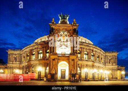 Staatsoper (Semperoper Dresden), Dresden, Sachsen, Deutschland, Europa Stockbild