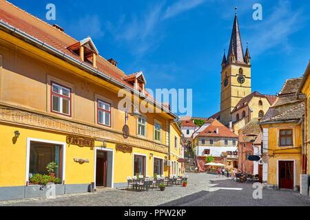 Evangelische Turm der Kathedrale, die Altstadt von Sibiu, Rumänien Stockbild
