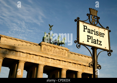 Brandenburger Tor am Pariser Platz, Berlin, Deutschland, Europa Stockbild