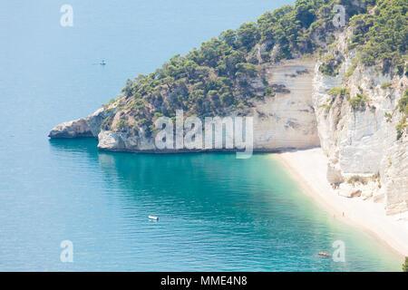 Grotta Smeralda, Apulien, Italien - die Erkundung der versteckten Strand von Smeralda Stockbild