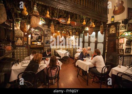 Barcelona Los Caracoles traditionelles Restaurant im historischen Zentrum Stockbild