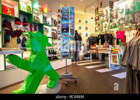 Die erste und ursprüngliche Ampelmännchen, Ampelmann Galerie Shop in den Hackeschen Höfen (Hackescher Markt) shopping Innenhöfe. Berlin, Deutschland. Stockbild